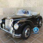 Mercedes Benz 300S Negro